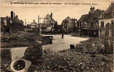 CPA  Militaire - Reims - Ruines - Place St-Timothée  (696843)
