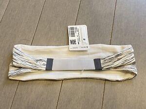 NWT LULULEMON Tgbw/hwht White Stripe Fringe Fighter Reversible Headband One Size
