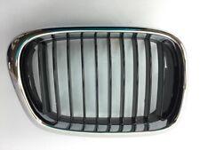 Rejilla de adorno delantera derecha  para BMW serie E39  ref. 51137005838