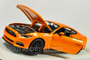 FORD MUSTANG 2015 1:24 scale diecast model metal  toy car miniature Orange