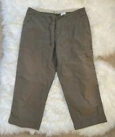 Columbia Womens Cargo Capri Pants Khaki Green Adjustable Waist Sz Large