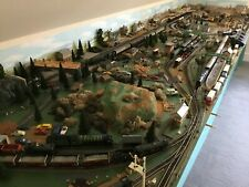 More details for hornby 00 gauge train set layout 20 locomotives, carriages, rolling stock