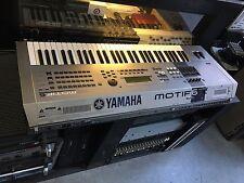 Yamaha  Original Motif 6 Synthesizer 61 key keyboard  / Piano ,Clean  //ARMENS//