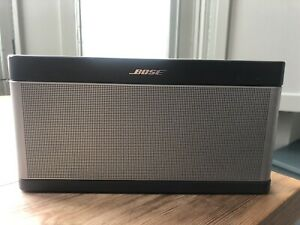 Bose SoundLink III 3 Bluetooth Wireless Portable Speaker includes Dock and Cover