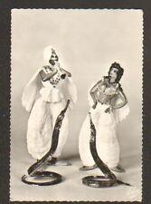 ROYAN (17) FIGURINES en COQUILLAGES / DRESSAGE de SERPENTS par F. PARANTHOEN