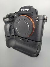 Sony a7 II 24.4MP Camera + Neewer Battery Grip I PREMIUM