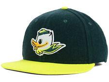 NWT New Oregon Ducks Nike Best True Flannel Green Puddles Size 6 7/8 Hat Cap