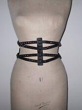 """Damas de ancho negro 'Vasco' cinturón. Cuero Tachonado contrastes. W 30""""/76 CMS +. DOM"""