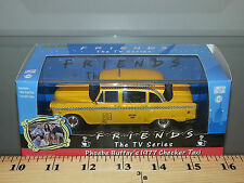 1/43 GREENLIGHT HOLLYWOOD SERIES 1977 CHECKER CAB NYC TAXI FROM SERIES FRIENDS