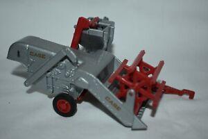 Ertl 1:43 Diecast Farm Classics Case G Combine Farm Toy