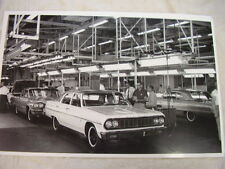1964 CHEVROLET  CHEVELLE AN IMPALA ON ASSEMBLY LINE   11 X 17  PHOTO  PICTURE