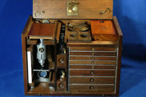 Microscope Specimen Preparation Cabinet Loaded in Olden Style