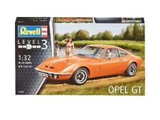 Opel Gt 1:32 Plastic Model Kit REVELL