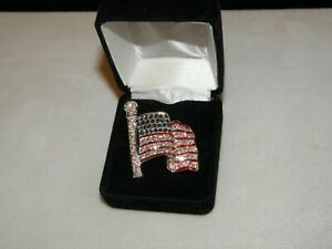REPUBLICAN DEMOCRAT LAPEL PIN USA WAVING FLAG 4TH JULY ELECTION AUSTRIAN CRYSTAL