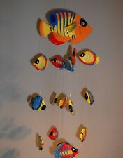 Windspiel und Mobile mit Fischen, Holz, bunt,Neu