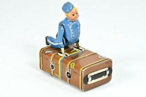 Rare Gescha Germany Wind-Up Tin Litho Toy Bellhop Working (Video)