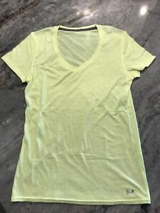 Women's M Under Armour Charged Cotton Yellow V-neck Tshirt Short Sleeve