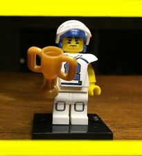 LEGO COLLECTIBLE SERIES 8 FOOTBALL PLAYER w/ TROPHY GENUINE MINIFIGURE RARE 8833