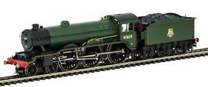 """BNIB DCC Ready R3448 Hornby 00 Gauge BR B17/4 Class """"Welbeck Abbey"""" 61619 Loco."""