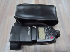 Canon Speedlite 580EX II Shoe Mount Flash for  CanonW/ GRIP AND  BAG