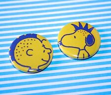 SET OF TWO PUNK SNOOPY AND CHARLIE BROWN PEANUTS BUTTON PIN BADGES