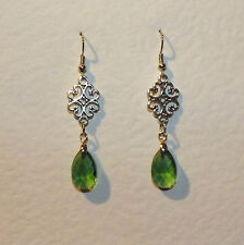 LACY FILIGREE VICTORIAN STYLE GREEN GLASS CRYSTAL DARK SILVER PL EARRINGS