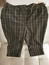 EP Pro Golf White & Black Plaid Bermuda Shorts Size 4 (ref#109)