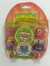 Moshi Monsters Series 6 Blister Pack [Contains 5 Random Figures][Figures Differ]