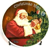 """Edwin M. Knowles 1987 Santa's Golden Gift 8"""" Collectors Plate Norman Rockwell"""