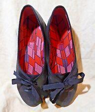 London Rebel Ballet Flats Soft Black Leatherette w/ Ribbon Laces; Cool! sz 8.5 M