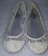 Sole Mates Woman's Off White Lace Design Flats Size S (6/7)