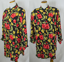 Vintage Batik 100% Polyester Floral Over sized Button Up Shirt!! Size XXL