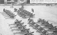 CPA GUERRE 1914 MUSEE ARMEE ENSEMBLE CANONS ALLEMANDS DE 77 ET TAUBE