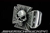 Totenkopf Ring Eisernes Kreuz Flammen Edelstahl Iron Cross Bikerschmuck Geschenk