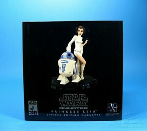 Star Wars Gentle Giant Princess Leia and R2D2 Maquette
