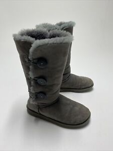 UGG 1873 Grey BAILEY BUTTON TRIPLET BOOTS WOMAN'S SIZE 7