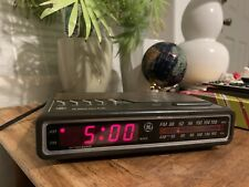 Vintage Ge Digital Alarm Clock Radio Am/Fm Woodgrain Model 7-4612A