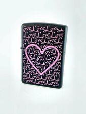 Zippo Feuerzeug - Love Hearts/Herz Pink/Schwarz- Benzin Sturmfeuerzeug Original