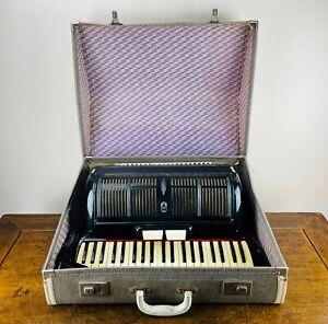 Casali Verona Piano Accordion 120 Bass 41 Treble Keys 2 Register Coupler & Case