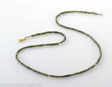 Natürliche Echtschmuck-Halsketten & -Anhänger mit Jade-Bewusstseins