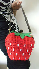Sac à main paille osier rigide fraise strawberry rouge vert original pinup rétro