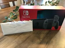 Nintendo Switch 32GB w/ Gray Joy‑Con New in Box (Improved Battery Life Version)