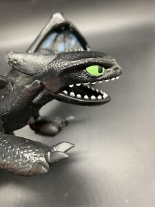 Rare How To Train Your Dragon Toothless Light Up Wings Retract