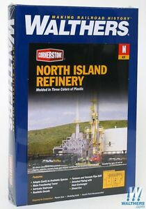 3219 Walthers Cornerstone  North Island Oil Refinery Kit  N scale
