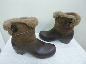 DANSKO STORMY 6.5 7 37 Brown Sheepskin Shearling fur Mid Ankle Booties Heels