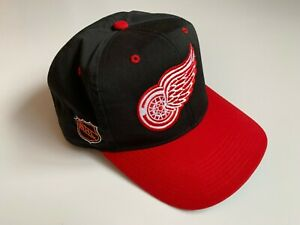 Detroit Red Wings NHL Vintage Cap Sports Specialties Hockey One Size Fits All