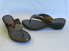 Rockport Patent Bronze Leather Thongs Slides - 7M – GR8!