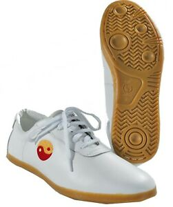 Wu Shu, Kung Fu Schuhe von Kwon aus Leder, Größe 44. Orig. aus China Abverkauf !