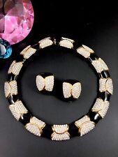 EXQUISITE CINER GOLD-TONE CRYSTAL RHINESTONE ENAMEL COLLAR NECKLACE EARRINGS SET