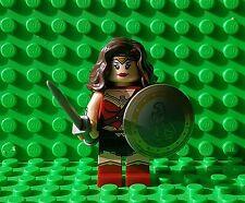 LEGO SUPERHEROES - Wonder Woman Minifigure - Split From 76046